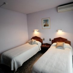 Отель Hostal la Carrasca Стандартный номер с 2 отдельными кроватями фото 3