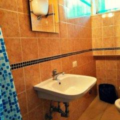 Hostel Prima Base Кровать в женском общем номере с двухъярусной кроватью фото 4