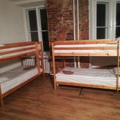 Отель The Penny Outpost Кровать в общем номере с двухъярусными кроватями фото 2