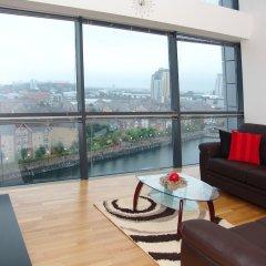 Апартаменты Quay Apartments Солфорд балкон