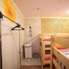 VIVA hostel Кровать в общем номере двухъярусные кровати фото 12