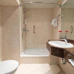 Отель Leonardo Frankfurt City South ванная фото 2