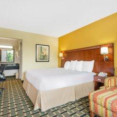 Отель Days Inn by Wyndham Knoxville East 3* Стандартный номер с различными типами кроватей