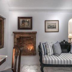 Отель Aigialos Niche Residences & Suites комната для гостей фото 3