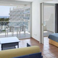 Отель Blaumar Hotel Salou Испания, Салоу - 7 отзывов об отеле, цены и фото номеров - забронировать отель Blaumar Hotel Salou онлайн балкон