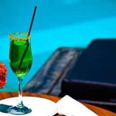 Отель Sumadai Шри-Ланка, Берувела - отзывы, цены и фото номеров - забронировать отель Sumadai онлайн бассейн фото 3