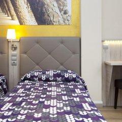 Отель Hostal Barcelona Стандартный номер с различными типами кроватей фото 21