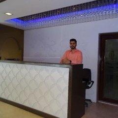 Отель B Continental Индия, Нью-Дели - отзывы, цены и фото номеров - забронировать отель B Continental онлайн интерьер отеля