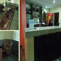 Отель Neo Courts Нигерия, Энугу - отзывы, цены и фото номеров - забронировать отель Neo Courts онлайн гостиничный бар