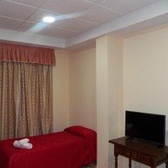 Отель Hostal San Roque комната для гостей
