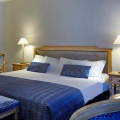 Royal Hotel Paris Champs Elysées 4* Улучшенный номер с различными типами кроватей фото 3