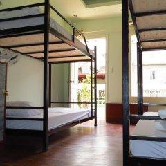Hanoi Massive Hostel Кровать в общем номере с двухъярусной кроватью фото 6