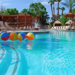 Отель Alexis Park All Suite Resort 3* Номер Делюкс с различными типами кроватей фото 5