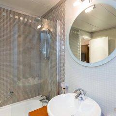 Отель Best Western Hôtel Mercedes Arc de Triomphe 4* Стандартный номер с различными типами кроватей фото 5