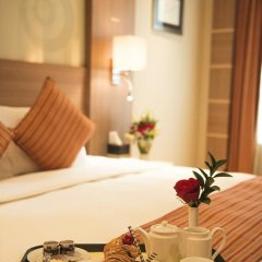 Emirates Grand Hotel 4* Номер Делюкс с различными типами кроватей фото 4
