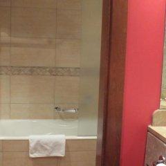 Hotel Pamplona Villava ванная