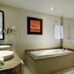 Отель Victoria Beachcomber Resort & Spa 4* Улучшенный номер с двуспальной кроватью фото 7