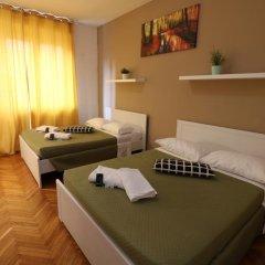 Отель Guest House Pirelli 3* Стандартный номер с двуспальной кроватью (общая ванная комната) фото 9