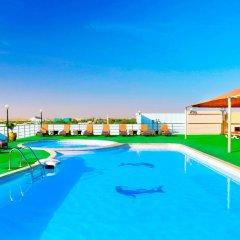 Отель City Seasons Hotel Al Ain ОАЭ, Эль-Айн - отзывы, цены и фото номеров - забронировать отель City Seasons Hotel Al Ain онлайн бассейн фото 3
