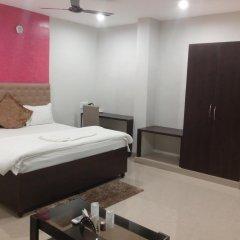 Отель The Ambassador Inn Улучшенный номер с различными типами кроватей фото 4
