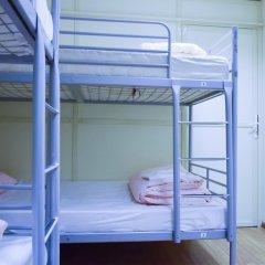 Хостел Moscow Friends Кровать в общем номере с двухъярусной кроватью