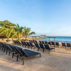 Отель Hilton Rose Hall Resort and Spa Ямайка, Монтего-Бей - отзывы, цены и фото номеров - забронировать отель Hilton Rose Hall Resort and Spa онлайн бассейн фото 2