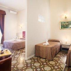 Отель Domus Napoleone 3* Стандартный номер с различными типами кроватей фото 5