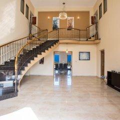 Отель Akefalou Sea View Villa Кипр, Протарас - отзывы, цены и фото номеров - забронировать отель Akefalou Sea View Villa онлайн интерьер отеля