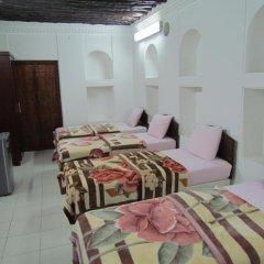 Отель Sharjah Heritage Youth Hostel ОАЭ, Шарджа - отзывы, цены и фото номеров - забронировать отель Sharjah Heritage Youth Hostel онлайн комната для гостей фото 5
