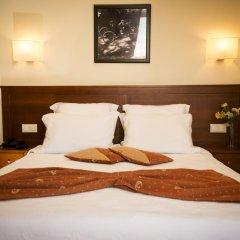 Отель Aliados 3* Номер категории Эконом с двуспальной кроватью фото 13