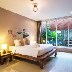 Отель Feung Nakorn Balcony Rooms and Cafe 3* Люкс фото 6