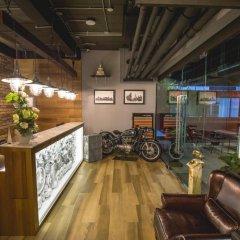 Отель Sleepbox Sukhumvit 22 Бангкок гостиничный бар