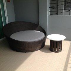 Отель Marsi Pattaya Стандартный номер с различными типами кроватей фото 18