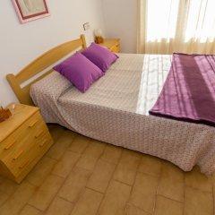 Отель Agi Sant Jordi Курорт Росес комната для гостей фото 4