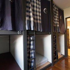 Dilokchan Hostel Кровать в общем номере фото 2