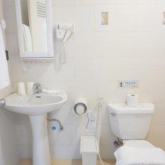 Отель Ratchadamnoen Residence 3* Стандартный номер фото 29