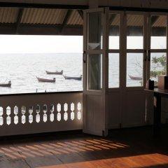 Отель The Ganesh House on the Sea пляж фото 2