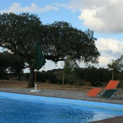 Отель Herdade do Monte Outeiro - Turismo Rural бассейн фото 3