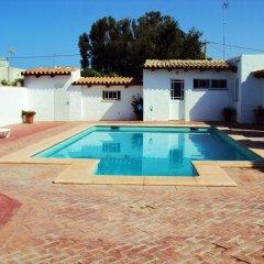Отель Complejo Rural Entre Pinos Испания, Вехер-де-ла-Фронтера - отзывы, цены и фото номеров - забронировать отель Complejo Rural Entre Pinos онлайн бассейн фото 2