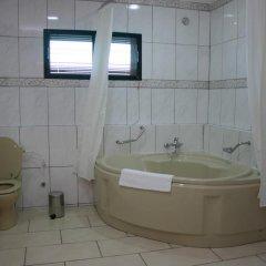 Protea Hotel Kuramo Waters Лагос ванная фото 2