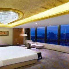Отель Lakeside Hotel Xiamen Airline Китай, Сямынь - отзывы, цены и фото номеров - забронировать отель Lakeside Hotel Xiamen Airline онлайн бассейн фото 2