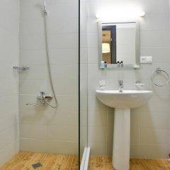 Отель Comfort Hotel Грузия, Тбилиси - отзывы, цены и фото номеров - забронировать отель Comfort Hotel онлайн ванная фото 2