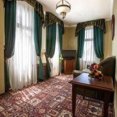 Гостиница Вилла Анна 4* Стандартный номер с двуспальной кроватью фото 10