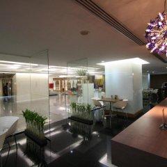 Отель Baiyoke Suite Hotel Таиланд, Бангкок - 3 отзыва об отеле, цены и фото номеров - забронировать отель Baiyoke Suite Hotel онлайн гостиничный бар