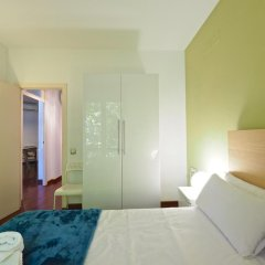 Отель Barcelonaforrent The Gaudi Suites Барселона комната для гостей фото 2