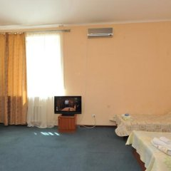 Гостевой дом на Туманяна 6 комната для гостей фото 17