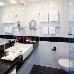 Отель IntercityHotel Wien ванная фото 2