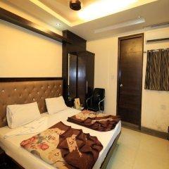 Отель Chander Palace Номер Делюкс с различными типами кроватей фото 4