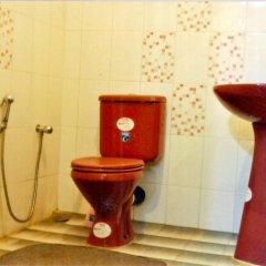 Отель Asiri apartments Шри-Ланка, Негомбо - отзывы, цены и фото номеров - забронировать отель Asiri apartments онлайн ванная
