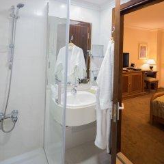 Отель Amman International 4* Улучшенный номер с двуспальной кроватью фото 2